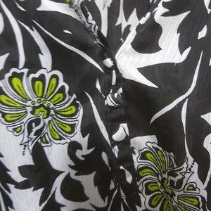 Essentials by Midland blouse